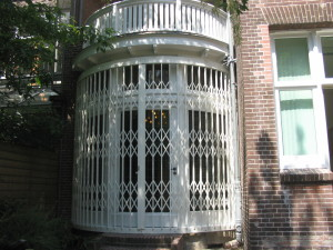 Folding grilles in bend, stainless steel